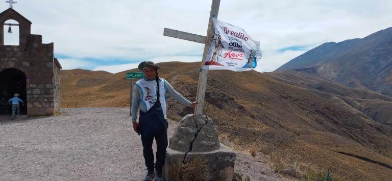 Cuatro días de peregrinación hizo una familia para agradecer el milagro que les cambió la vida