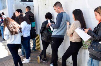 El índice de desocupación bajó al 9,6%