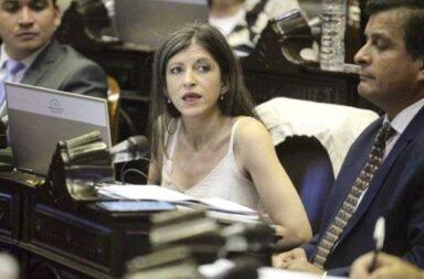 La oposición pide que Fernanda Vallejos sea echada de la Cámara de Diputados
