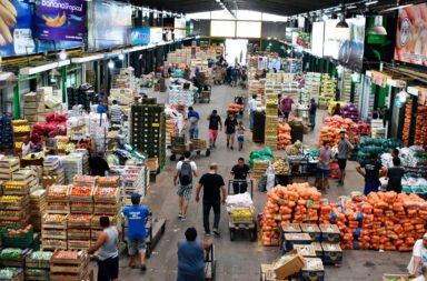 El Mercado Central en el ojo de la tormenta por l donación de alimentos a comedores