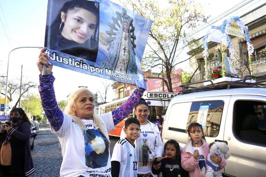 Volvió la peregrinación a Luján y miles de personas vacunadas caminan con barbijos y respetando los protocolos
