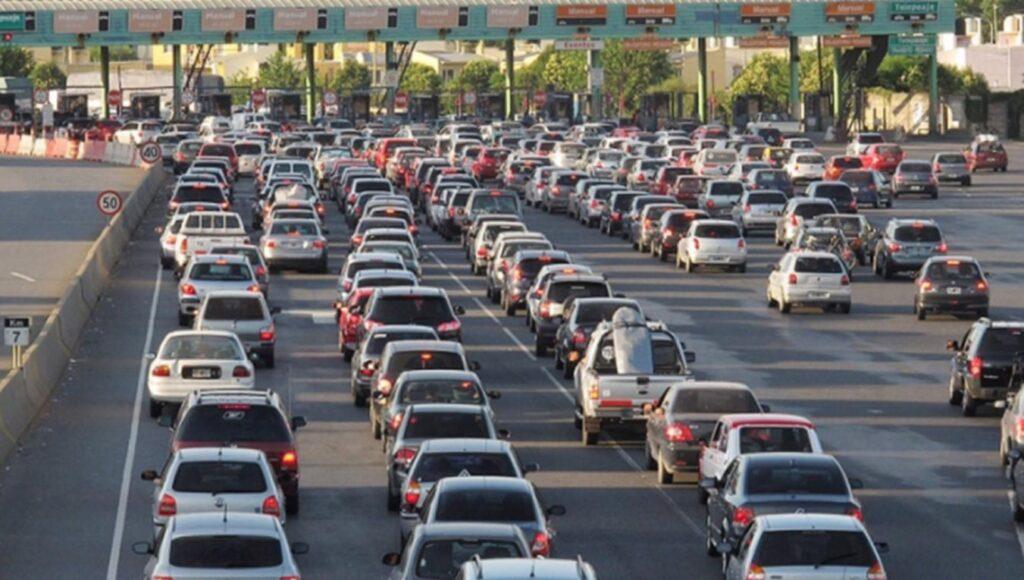 Fin de semana extra largo: calculan que unos 4 millones de turistas se moverán por todo el país