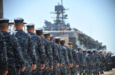 Coronavirus: la Marina de Estados Unidos expulsará a los que se nieguen a vacunarse