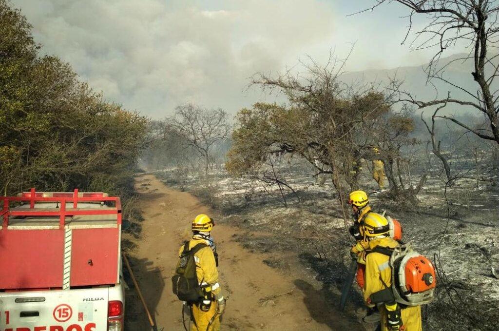 Incendios en Córdoba: hallaron otro cuerpo y suman dos las víctimas fatales por el avance del fuego
