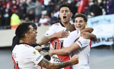 River ganó el clásico con un Álvarez fantástico