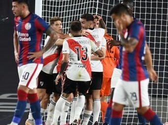 River liquidó 3 a 1 a San Lorenzo con tres goles de Julián Álvarez